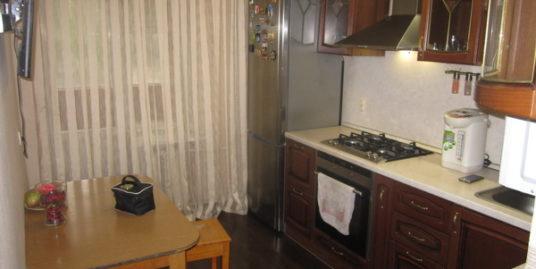2-комнатная квартира, г. Красноармейск, мкрн. Северный, д.30