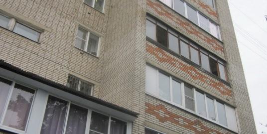 комната 13 кв.м., пос. Лесной, мкр. Юбилейный, д.8