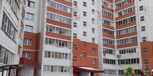Продаётся 2-х комнатная квартира Чкалова д.5